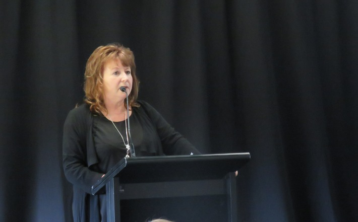 Clare Curran at Tuanz rural connectivity symposium - digital divide
