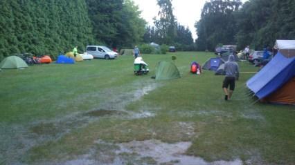 Skybrud på camp nær Bruxelles