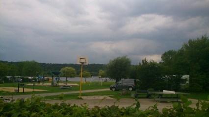 Tilbage på Campingplads i Eijsden og regn begynder