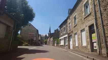 Strada i Saint-Pierre-Des-Nids (1)