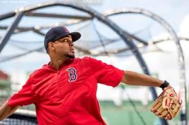 BOSTON, MA - JULY 28: Xander Bogaerts #2 of the Boston Red Sox throws before a game against the Kansas City Royals on July 28, 2017 at Fenway Park in Boston, Massachusetts. (Photo by Billie Weiss/Boston Red Sox/Getty Images) *** Local Caption *** Xander Bogaerts
