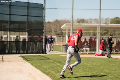 FT. MYERS, FL - MARCH 4: Chris Sale #41 of the Boston Red Sox runs onto the field in a simulated game during a team workout on March 4, 2018 at Fenway South in Fort Myers, Florida . (Photo by Billie Weiss/Boston Red Sox/Getty Images) *** Local Caption *** Chris Sale