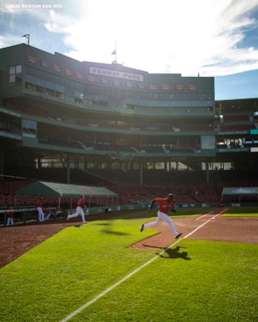 BOSTON, MA - SEPTEMBER 4: Jackie Bradley Jr. #19 of the Boston Red Sox runs onto the field during the first inning of a game against the Toronto Blue Jays on September 4, 2020 at Fenway Park in Boston, Massachusetts. The 2020 season had been postponed since March due to the COVID-19 pandemic. (Photo by Billie Weiss/Boston Red Sox/Getty Images) *** Local Caption *** Jackie Bradley Jr.