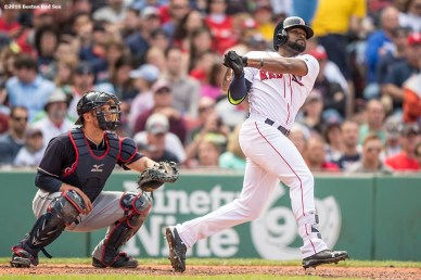 BOSTON, MA - MAY 22: Jackie Bradley Jr. #25 of the Boston Red Sox hits a single during the fifth inning of a game against the Cleveland Indians on May 22, 2016 at Fenway Park in Boston, Massachusetts, extending his hitting streak to 27 straight games. (Photo by Billie Weiss/Boston Red Sox/Getty Images) *** Local Caption *** Jackie Bradley Jr.