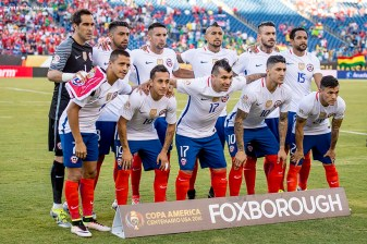 FOXBOROUGH, MASSACHUSETTS - JUNE 10: Members of Chile pose for a group photograph during a group D match between Chile and Bolivia at Gillette Stadium as part of Copa America Centenario US 2016 on June 10, 2016 in Foxborough, Massachusetts, US. (Photo by Billie Weiss/LatinContent/Getty Images) *** Local Caption ***