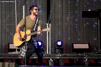 September 9, 2016, Boston, MA: Thomas Rhett performs during a concert at Fenway Park in Boston, Massachusetts Friday, September 9, 2016. (Photo by Billie Weiss/Boston Red Sox)