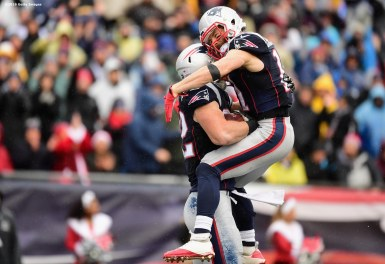 FOXBORO, MA - DECEMBER 24: Matt Lengel #82 of the New England Patriots reacts with Julian Edelman #11 after catching a touchdown pass during the second quarter of a game against the New York Jets at Gillette Stadium on December 24, 2016 in Foxboro, Massachusetts. (Photo by Billie Weiss/Getty Images) *** Local Caption *** Matt Lengel; Julian Edelman