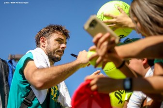 Stan Wawrinka signs autographs during the 2017 BNP Paribas Open at the Indian Wells Tennis Garden in Indian Wells, California on Sunday, March 12, 2017. (Photo by Billie Weiss/BNP Paribas Open)