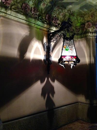 Lamp Carrer de Provença_Bill Sinclair