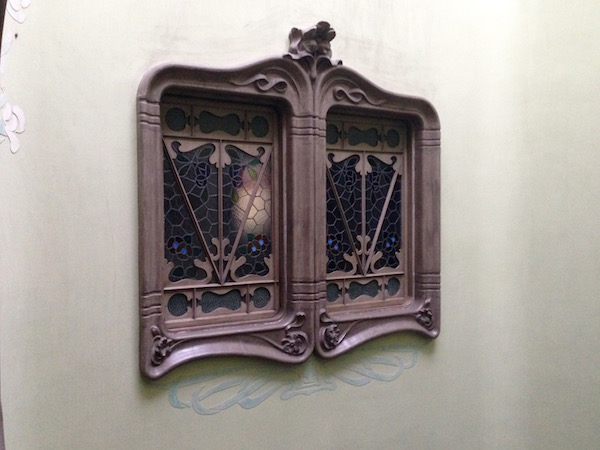 Window casement, Carrer de Provença, Barcelona–Bill Sinclair