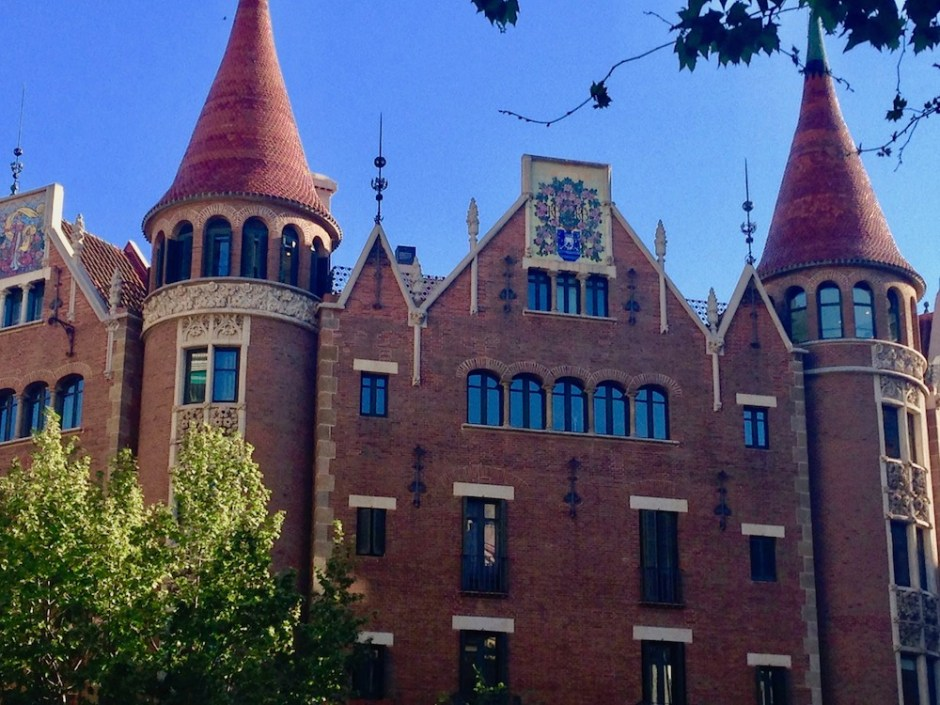 Casa de Les Puntxes, Eixample Dreta, Barcelona
