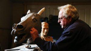 Carl Valerius sculpting bronze Bill the Bastard head Murrumburrah NW