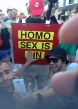 Homo sex is in