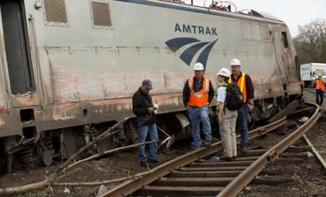 NTSB_2015_Philadelphia_train_derailment_3