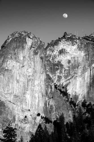 Just to the right of Bridalveil falls there are these granite walls, one late afternoon I caught the moon nested just above.
