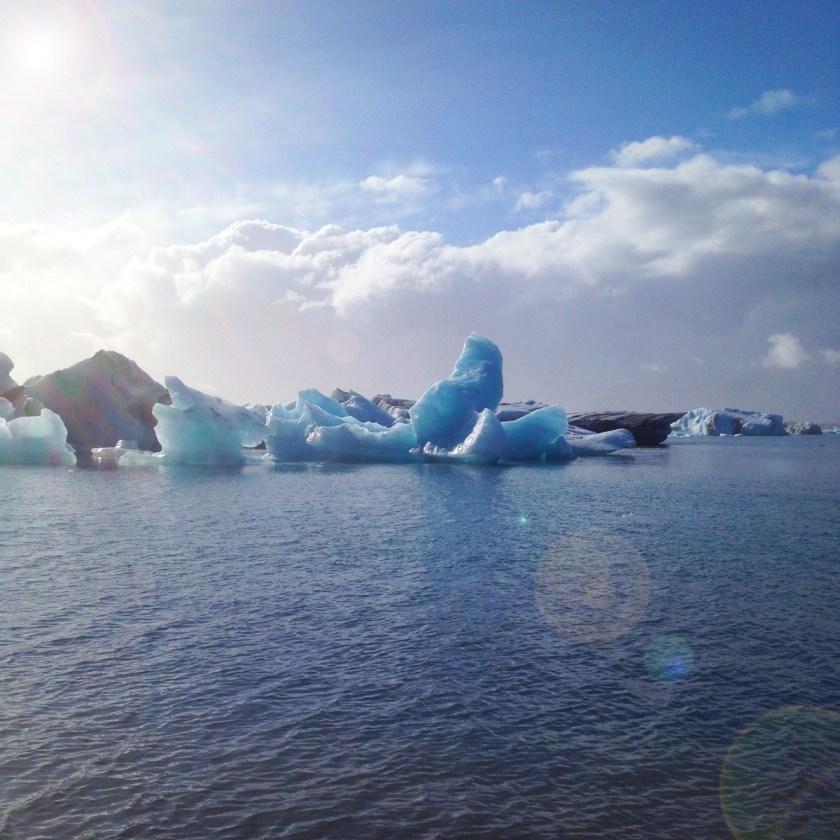 Jökulsárlón - SouthEast Iceland - floating glaciers.