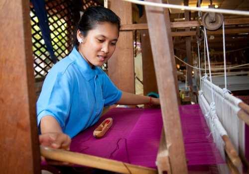 Artisans D'Angkor - Métier à Tisser