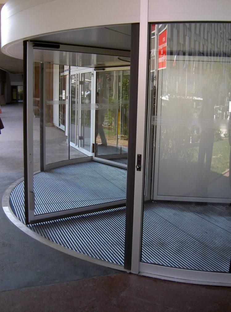 bimade-instalacion-pavimentos-ligeros-barrera-antisuciedad-5