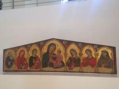 "Dossale ""Madonna con Bambino e Santi"" (XIV secolo)."