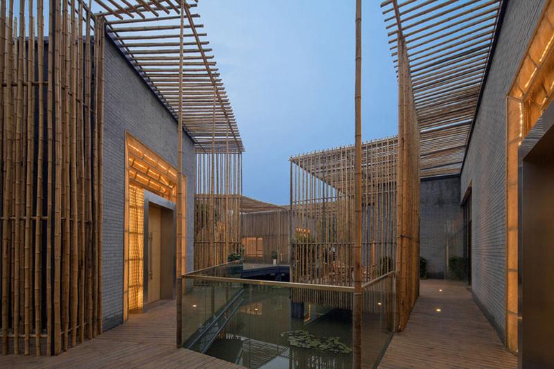 Construção com bambu no Vietnã.