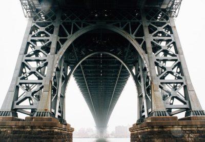 bridge_pylon_underneath_perspective_crossing_infrastructure_architecture_water-1067097.jpgd_