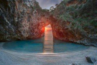 la-spiaggia-dell-arcomagno