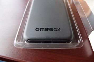 otterbox-symmetry-series-iphone-7-plus-dsc_1803