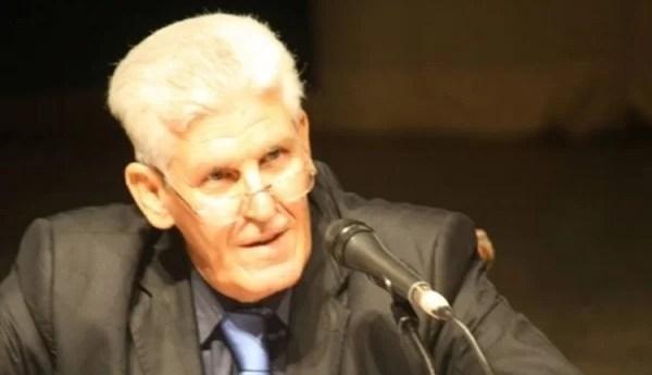 الأستاذ محمد علي دبوز