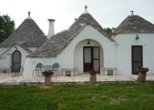 Puglia trulli hotel
