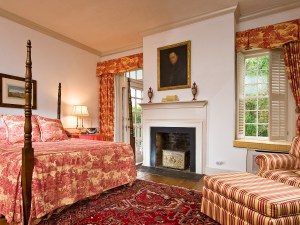 The Octagon suite in the 1804 Inn.