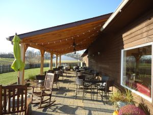 8 Chains North Winery Outdoor Seating