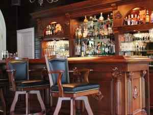 Goodstone Inn Bar
