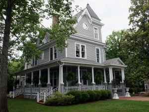 Ashford Manor