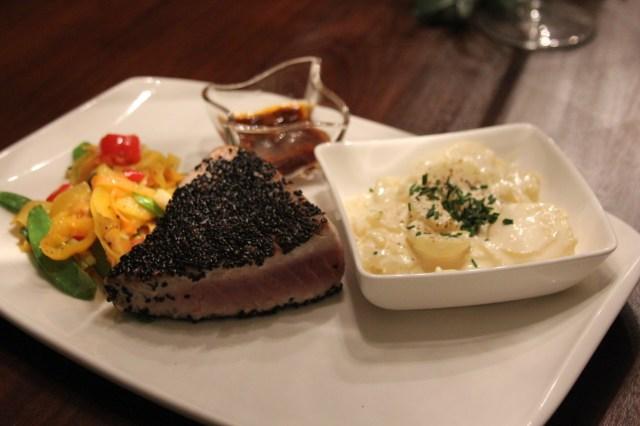 Thunfischsteak, Wokgemüse