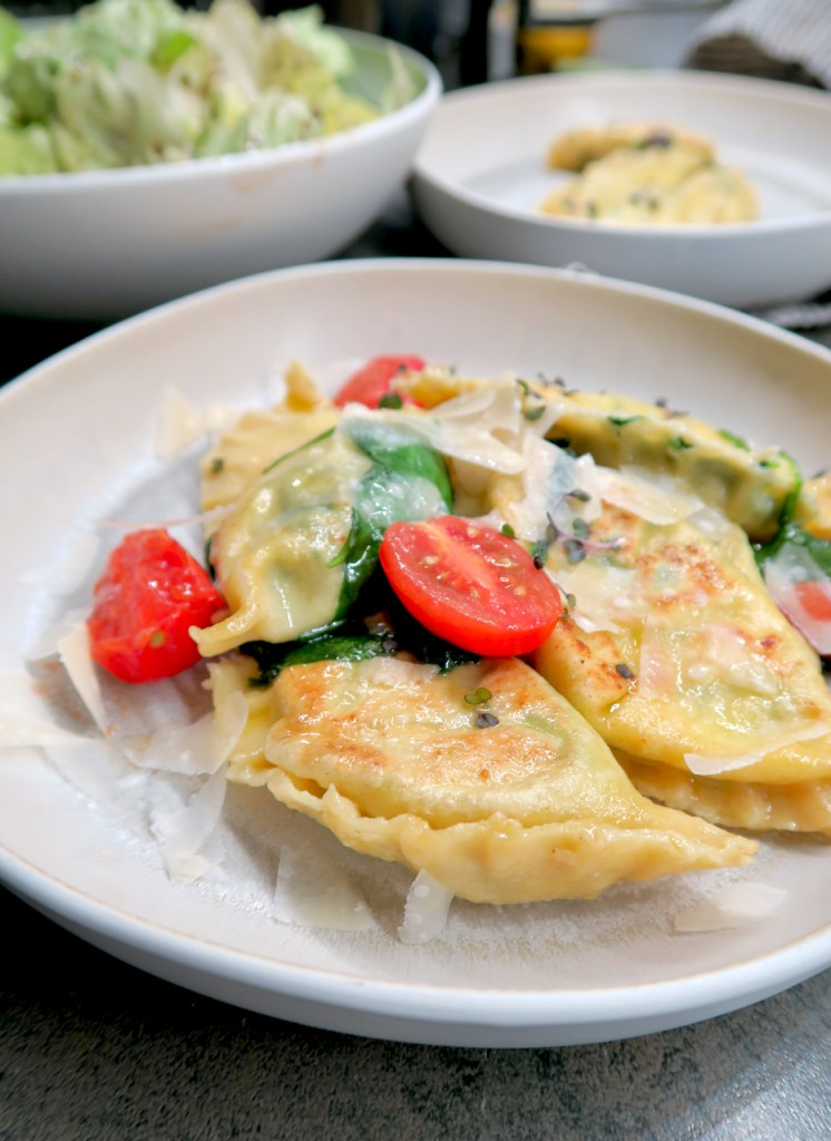 Ravioli mit Spinat-Ricotta-Fülle