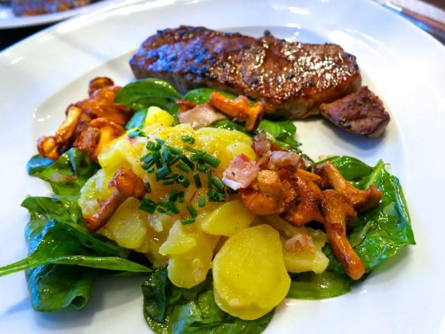 Steaks mit Salat und Eierschwammerl – 10