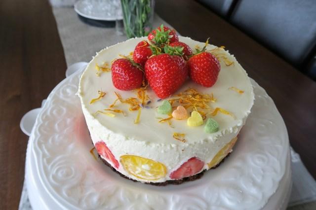 Panna cotta Torte mit Erdbeeren – 11