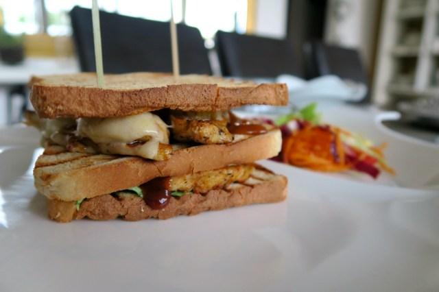 Club Sandwich mit Huhn, Ananas und Speck – 18