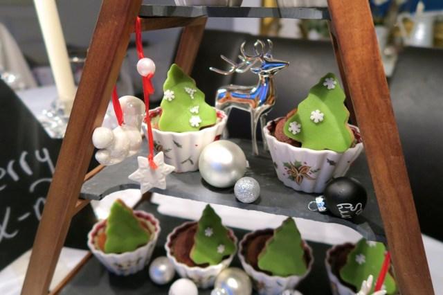 Weihnachtsbaum-Muffins – 25