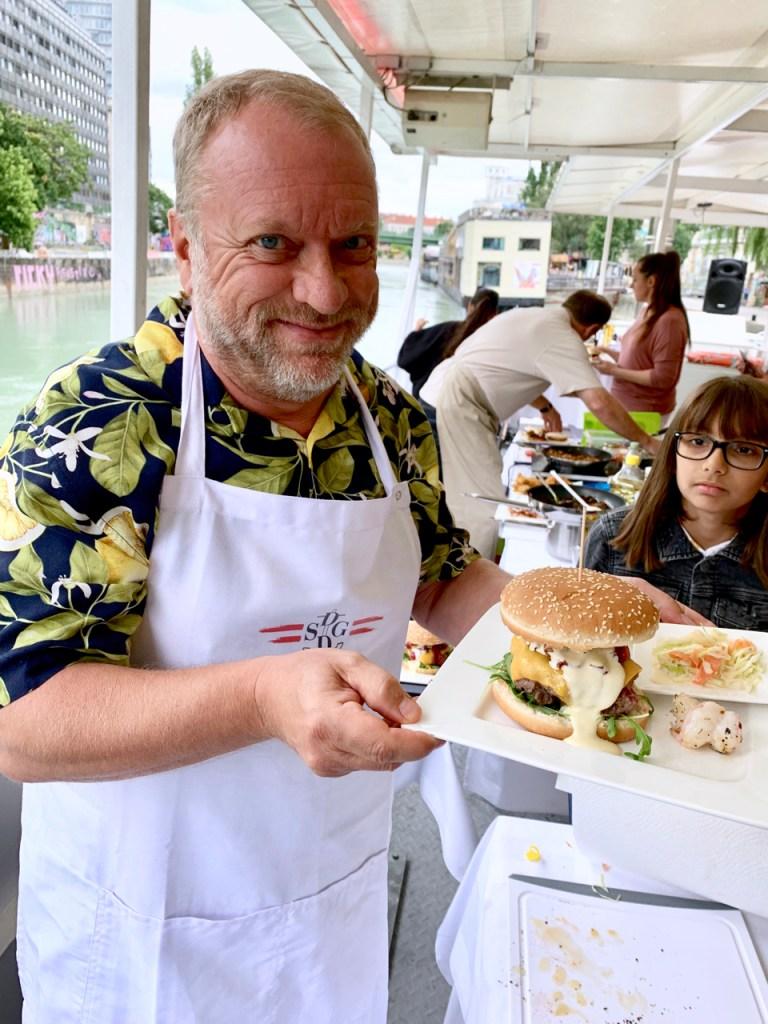 Burger Surf & Turf, Sabine Hallwachs, Reinhard Nowak