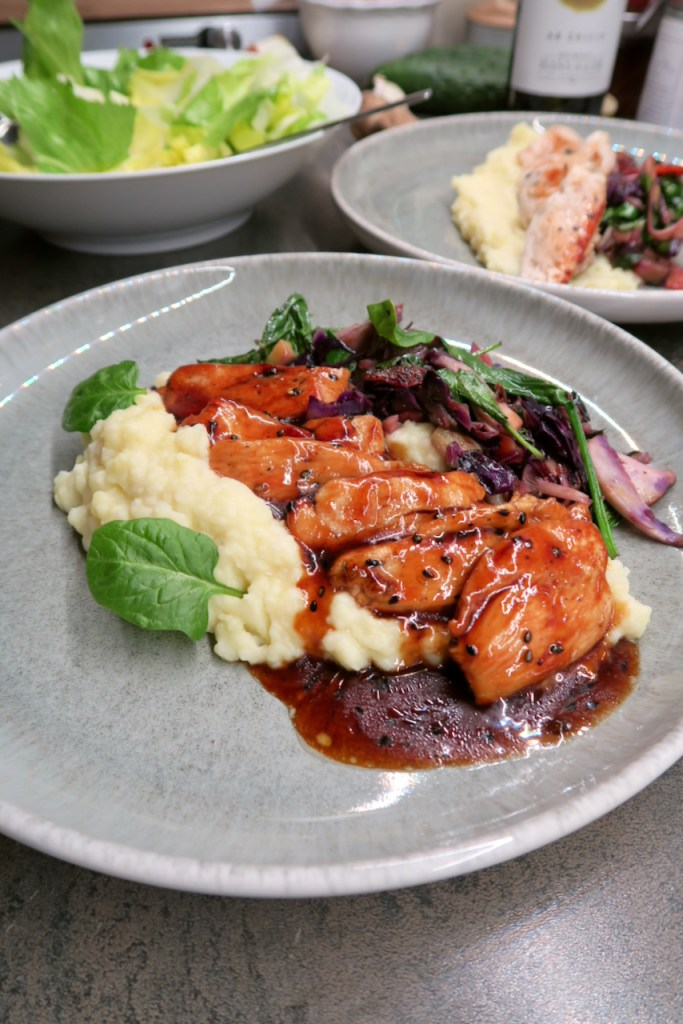 Huhn in BBQ-Teriyaki-Sauce