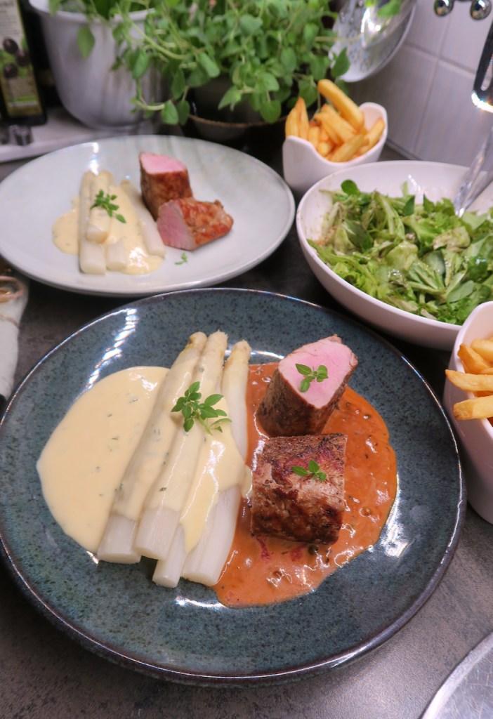 Duroc Schweinefilet mit Spargel & Sauce Bernaise