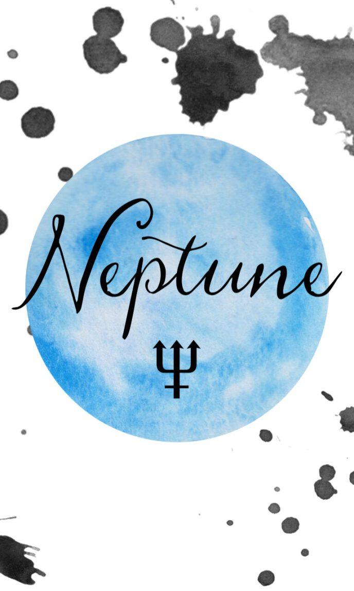 neptune tarot-size