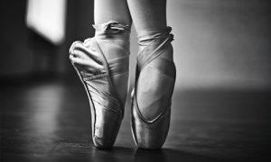 Ballet-representing-practicing-a-speech-33e9c91942bf21441e1ed94b022218f42f79b0f7