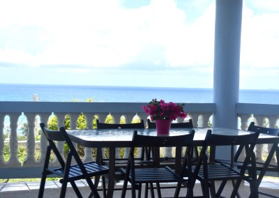 Vieques Ocean View Blue House 2br, 2bth – Downstairs =(23$ per person if you are 10 people)