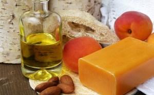 l'huile d'amande douce en cosmétique