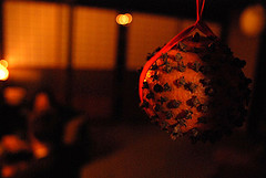 Pomander image by Nicky Fernandes via Flickr Creative Commons license