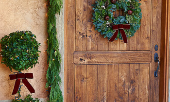 Pine garlands and wreath image by ProFlowers via Creative Commons license.