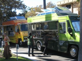 Green and Organic: The Way Food Trucks Should Be
