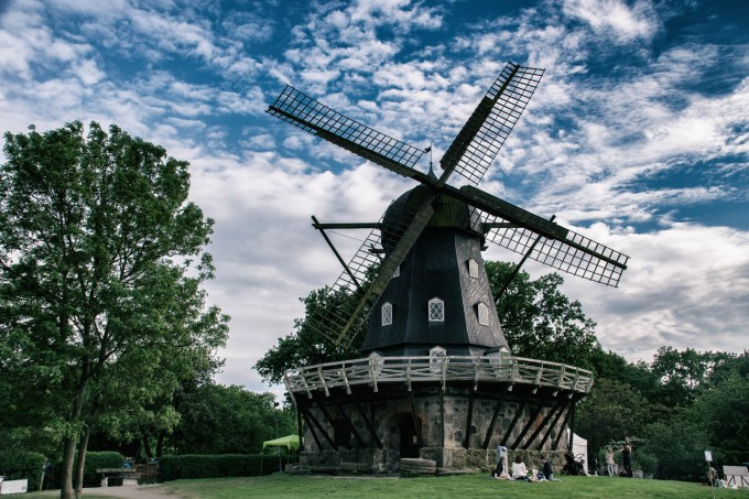 Biofriendly image of the day, Classic windmill